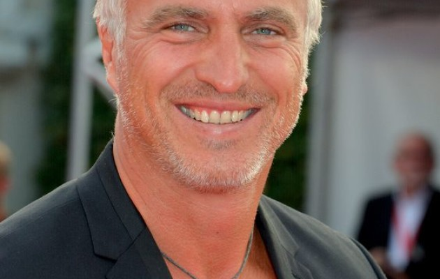 David Ginola poursuit avec M6