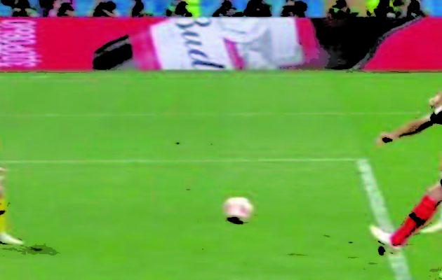 TF1 écrase tout avec le football