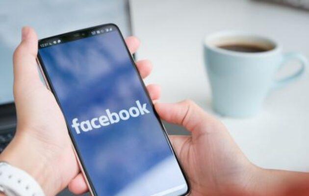 Droits voisins : Facebook signe un accord avec une partie de la presse française